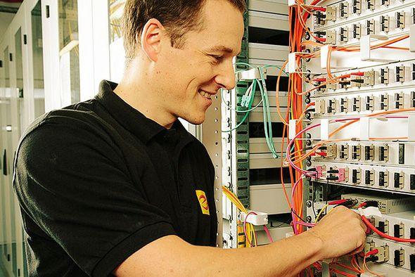 csm_elektrohandwerk-ueber-768x512_c76a7972ac